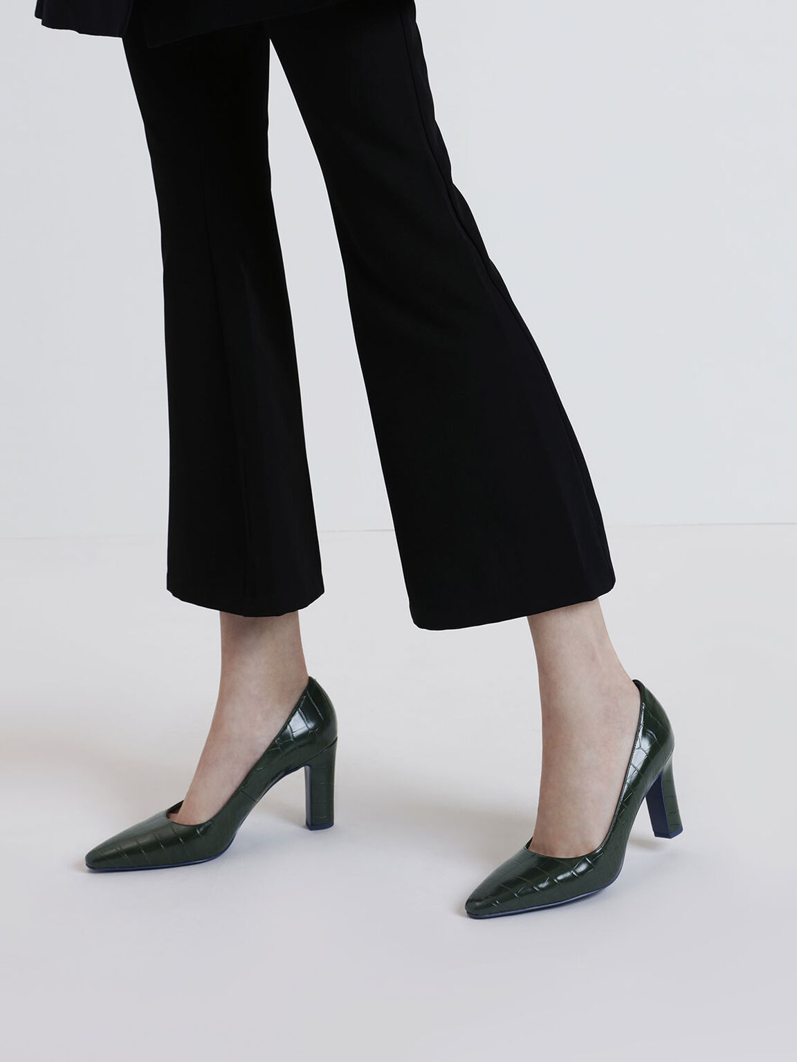 Croc-Effect Pointed Toe Chunky Heel Pumps, Green, hi-res