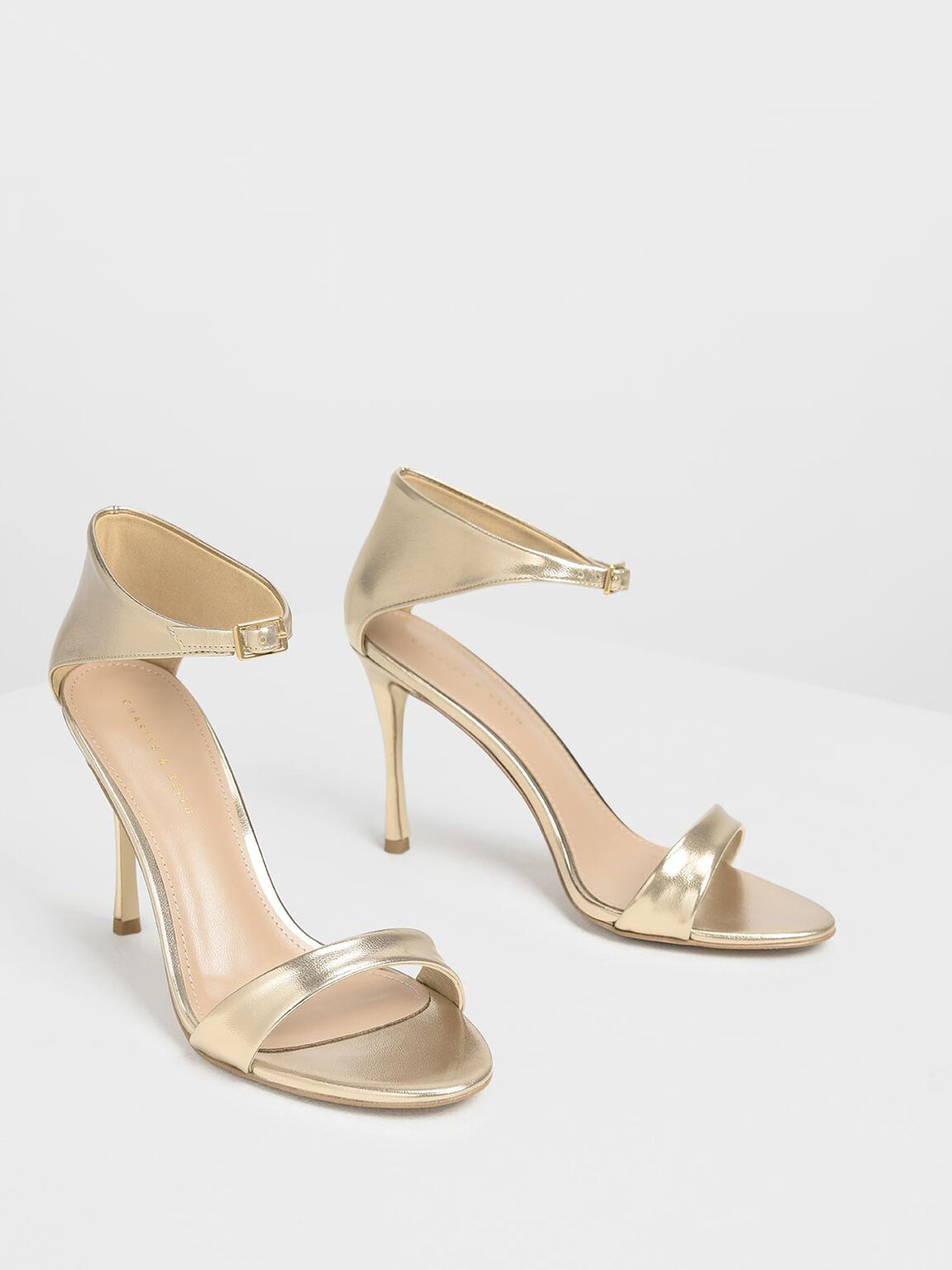 Front Buckle Heels, Gold, hi-res