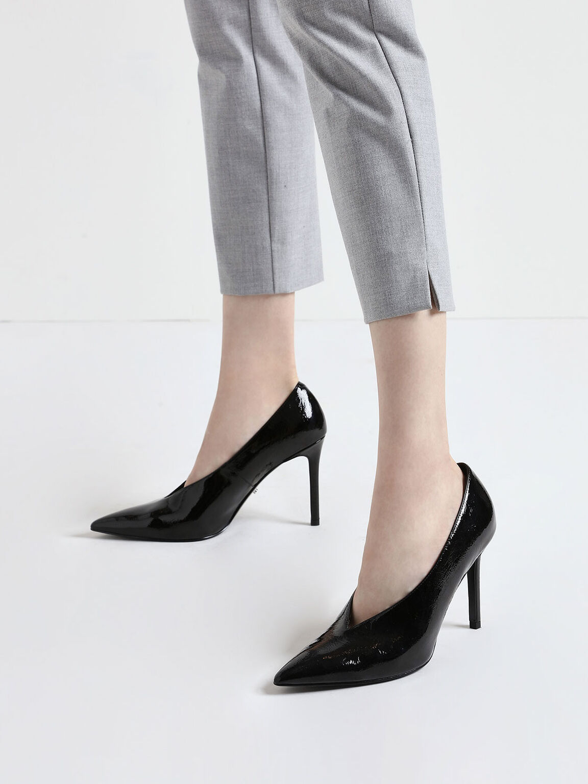 Chain Strap Wrinkled Patent Pumps, Black, hi-res