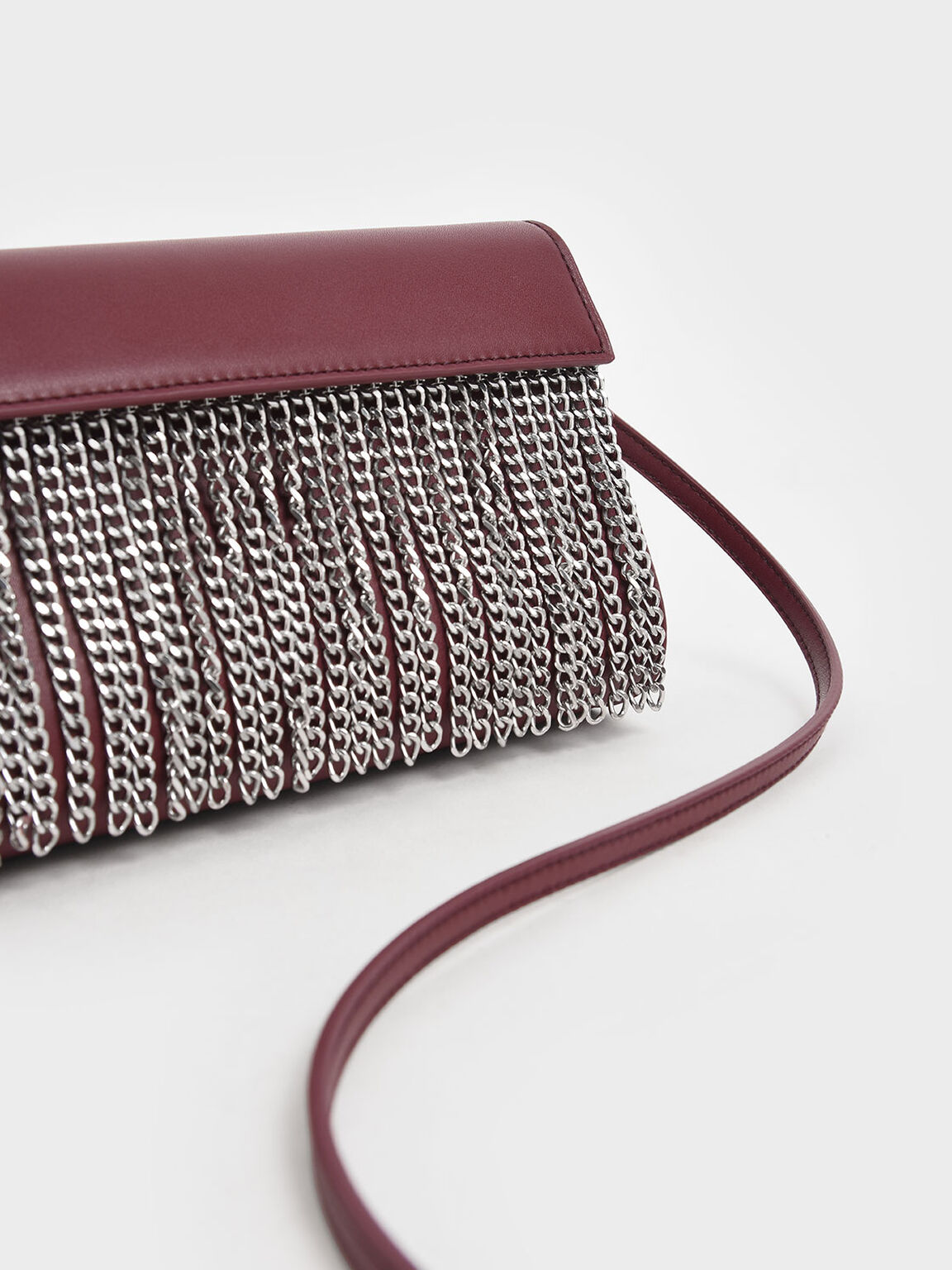 Chain Fringe Clutch, Burgundy, hi-res