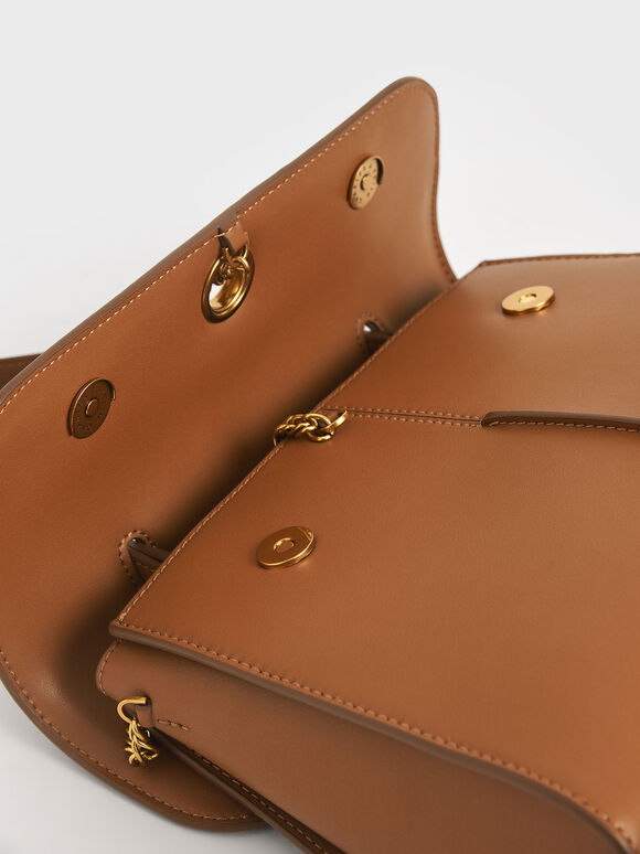 Chain Detail Trapeze Bag, Ivory, hi-res