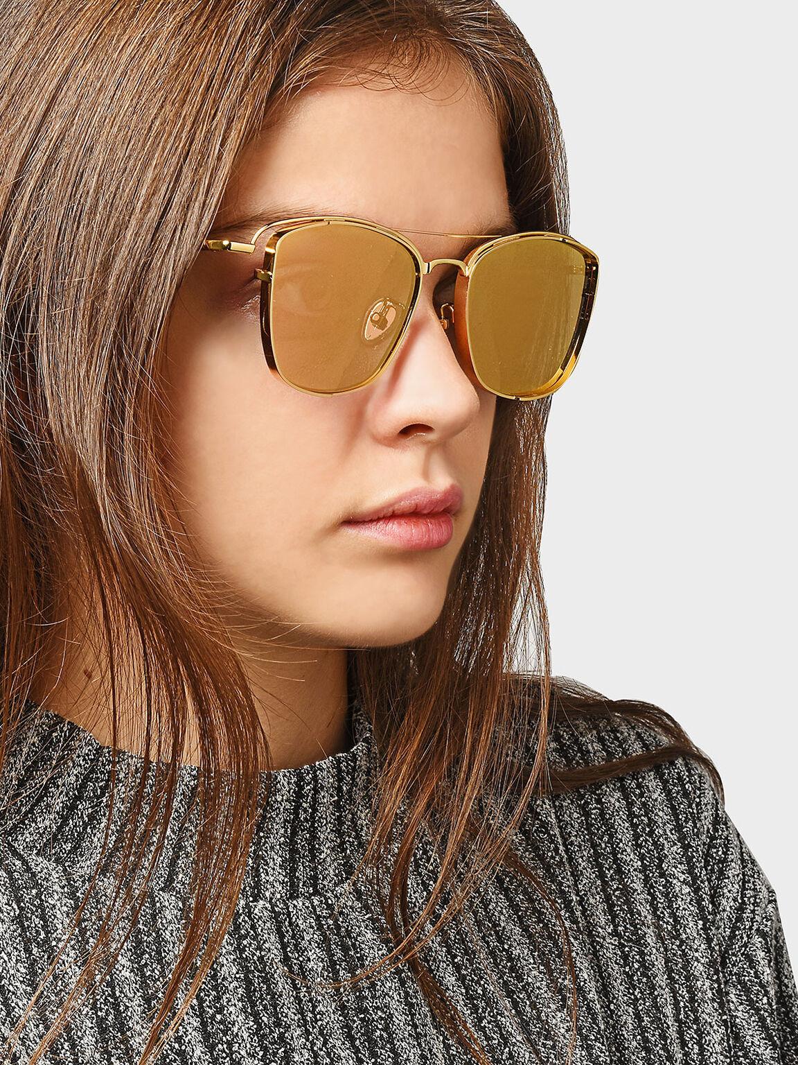 Metal Frame Square Sunglasses, Gold, hi-res