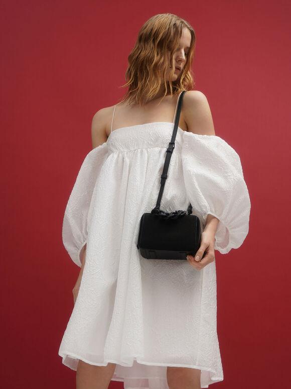 Linen Chain Link Boxy Bag, Black, hi-res