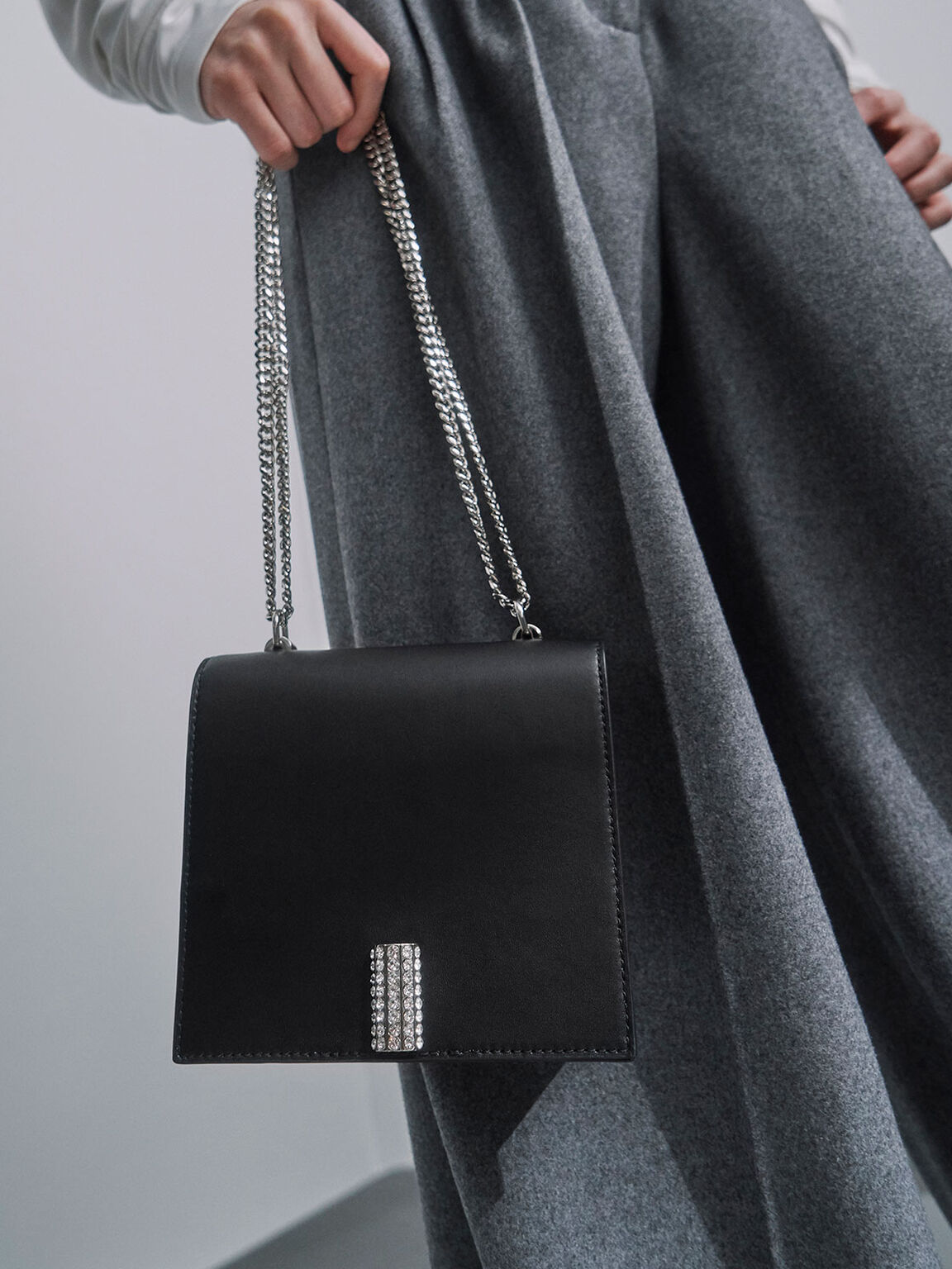 Leather Chain Strap Boxy Bag, Black, hi-res