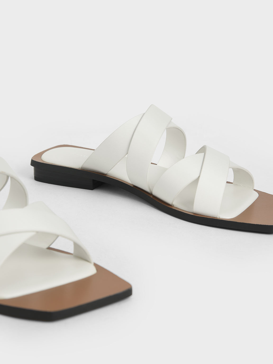 Crossover Flats, White, hi-res