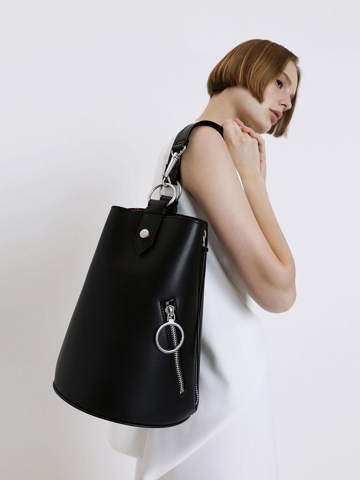 Two-Tone Ring Zip Pocket Geometric Bucket Bag, Black, hi-res