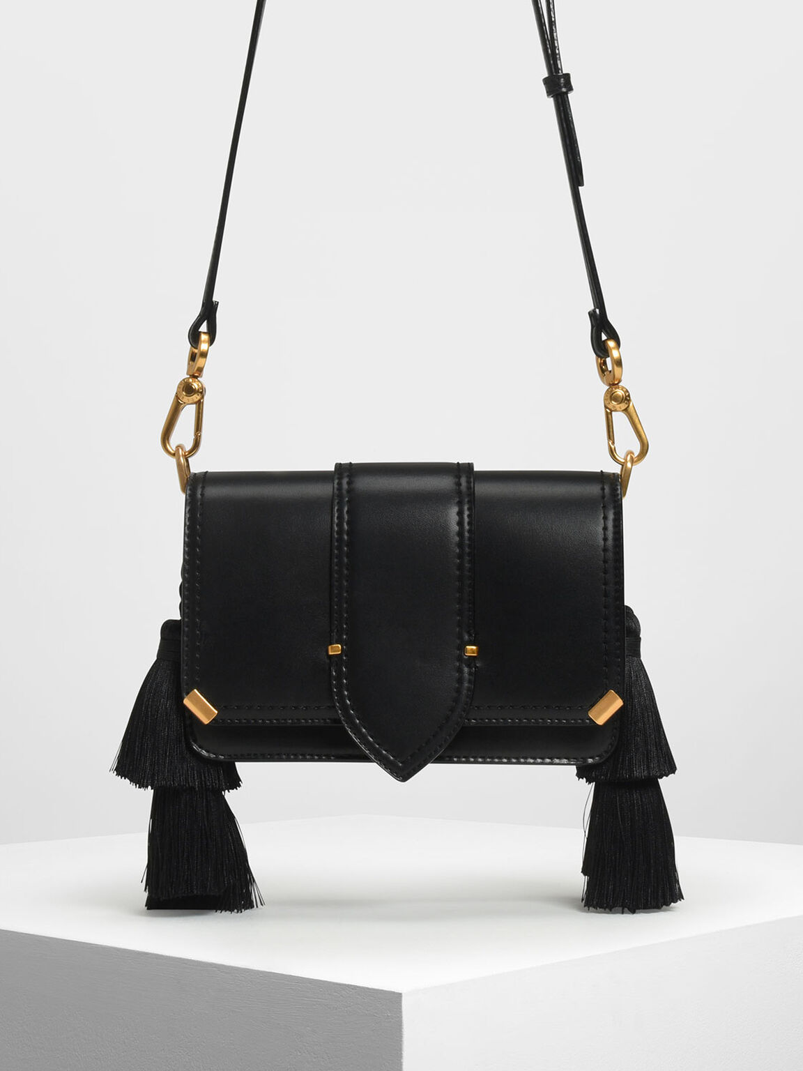 Tassel Shoulder Bag, Black, hi-res