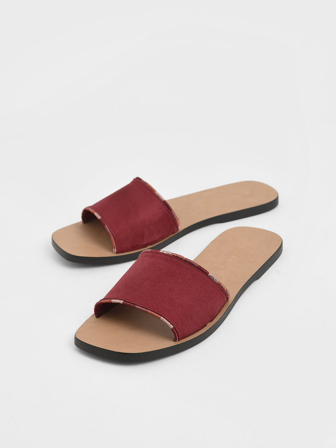 Two-Tone Thread Trim Textured Slide Sandals, Red, hi-res