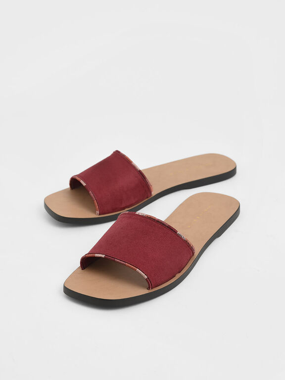 Two-Tone Thread Trim Textured Slide Sandals, Red