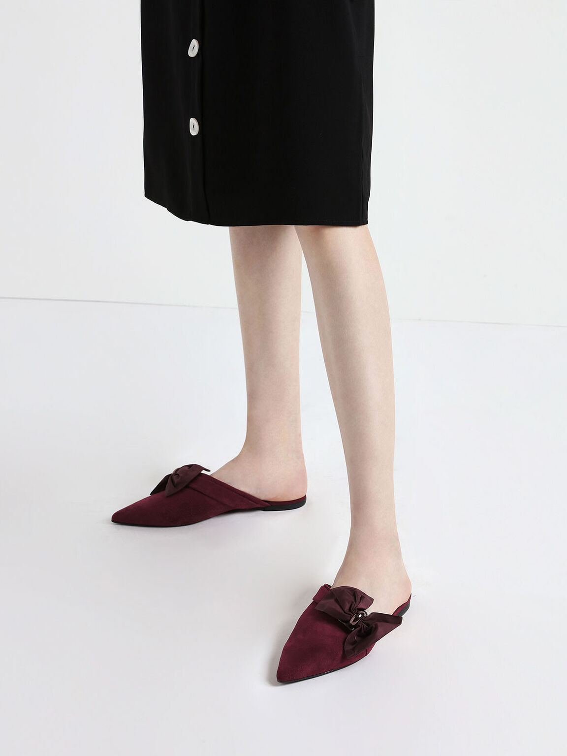 Oversized Bow Asymmetric-Cut Textured Mules, Purple, hi-res