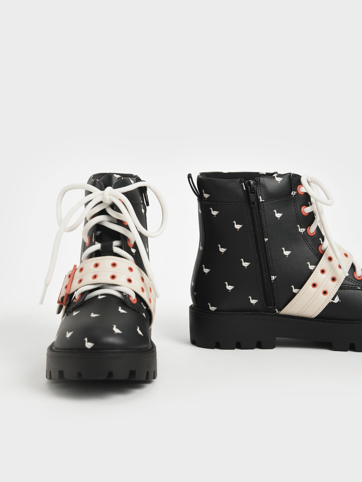 Girls' Printed Lace-Up Ankle Boots, Black Textured, hi-res