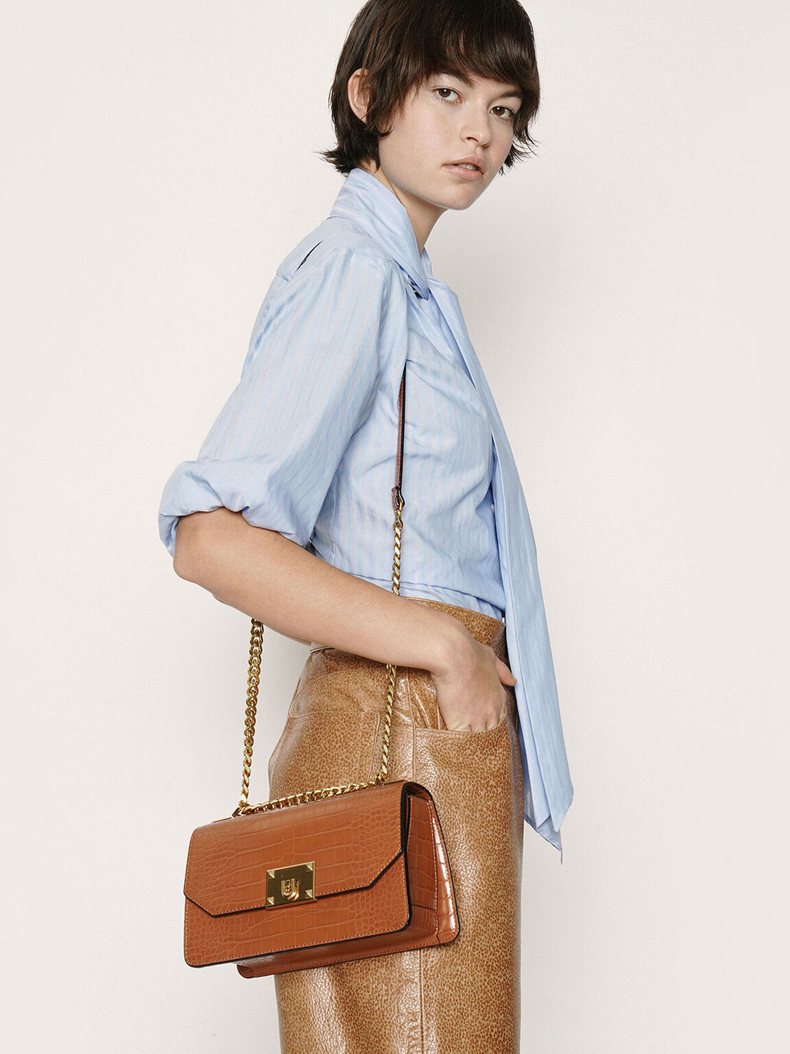 Croc-Effect Chain Strap Crossbody Bag, Cognac, hi-res