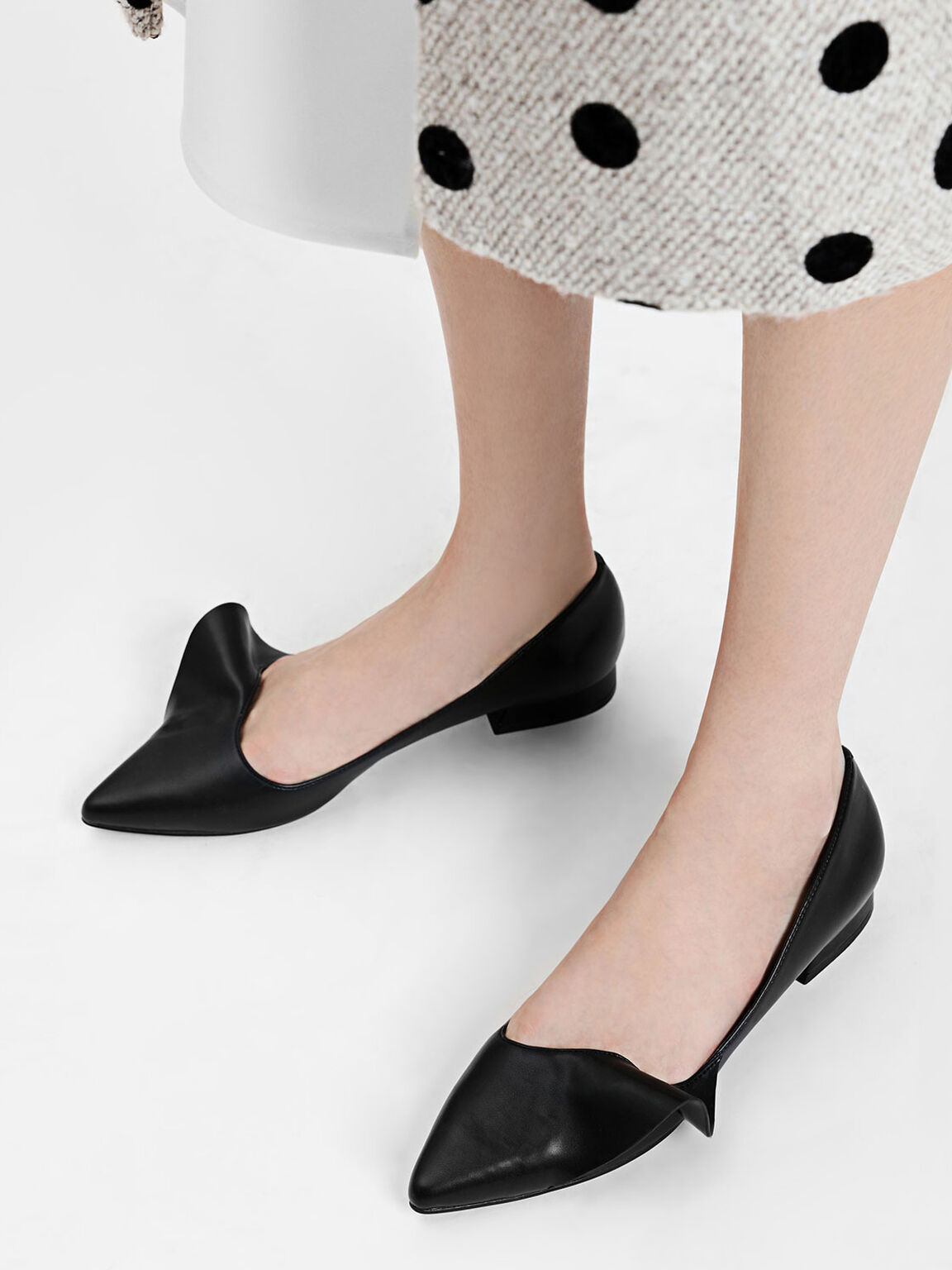 Ruffle Detail Pointed Flats, Black, hi-res