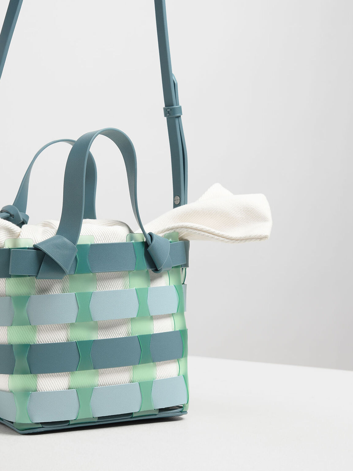 鏤空編織水桶包, 藍綠色, hi-res