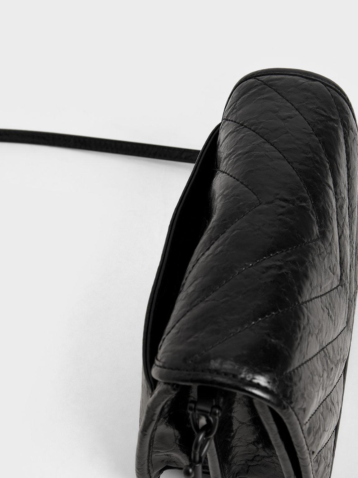 V字衍縫斜背包, 黑色, hi-res