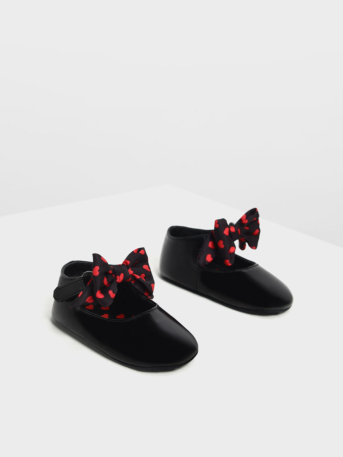 Kids' Heart Print Mary Janes, Black, hi-res