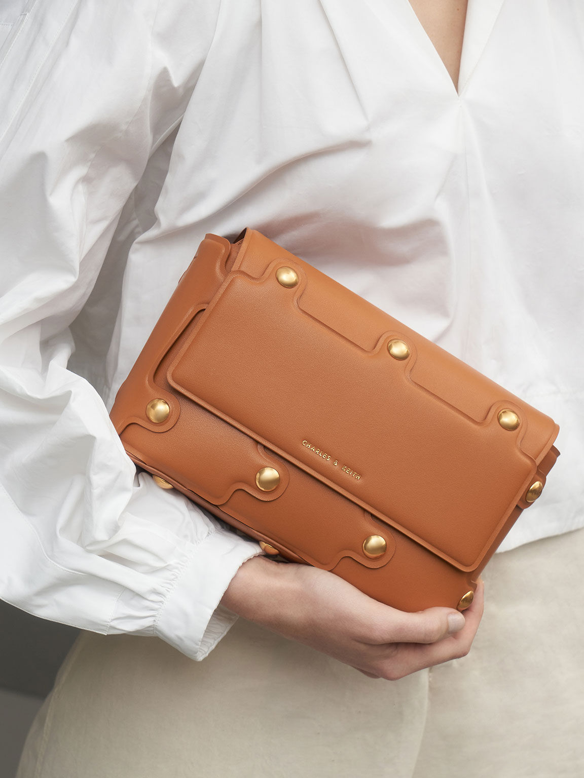 Studded Shoulder Bag, Cognac, hi-res