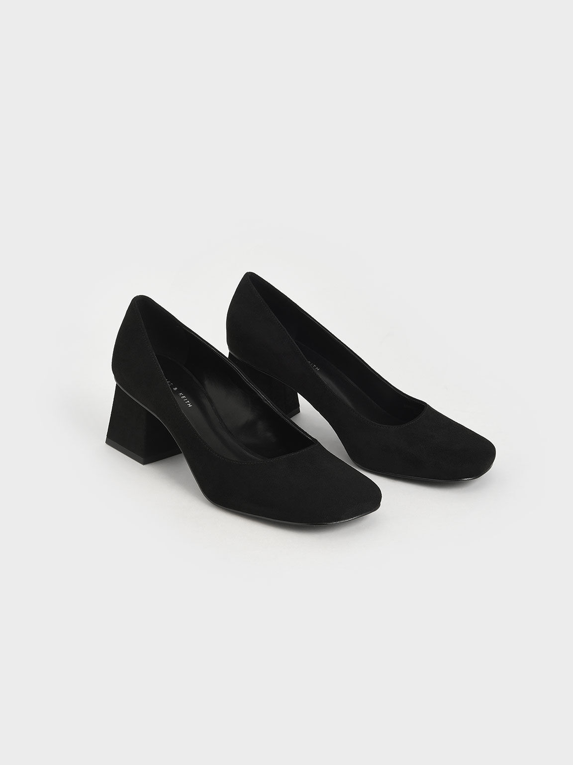 Textured Trapeze Heel Pumps, Black, hi-res
