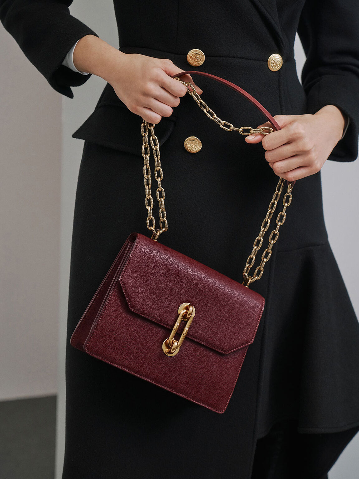 Double Chain Strap Turn-Lock Bag, Burgundy, hi-res