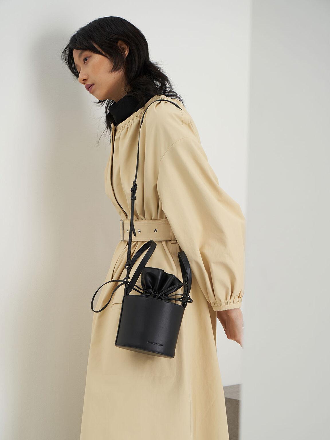 Double Chain Link Bucket Bag, Black, hi-res
