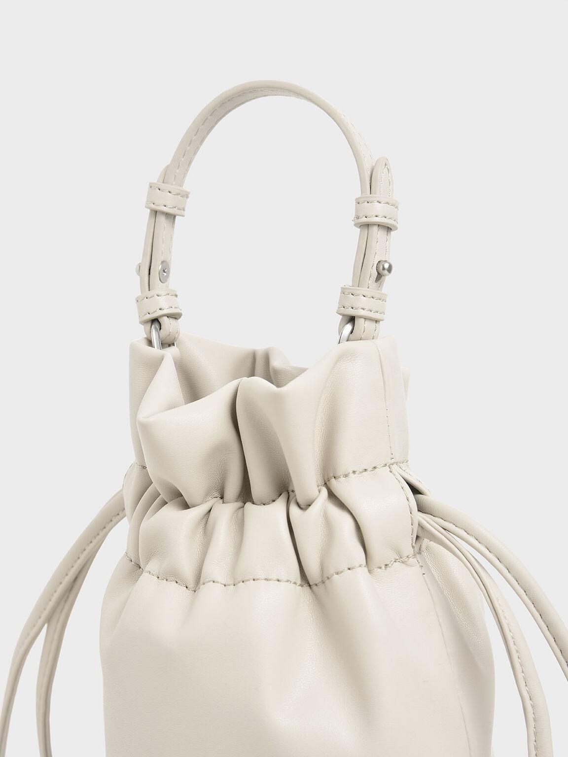 Chain Fringe Drawstring Bucket Bag, Cream, hi-res