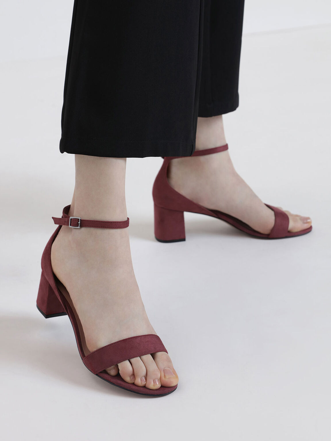 Open Toe Low Block Heel Textured Sandals, Pink, hi-res