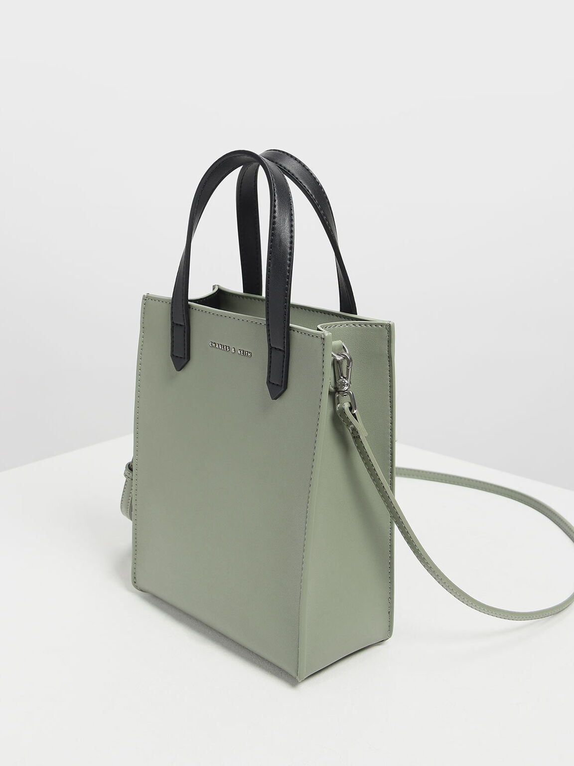 Zipper Compartment Tote Bag, Sage Green, hi-res