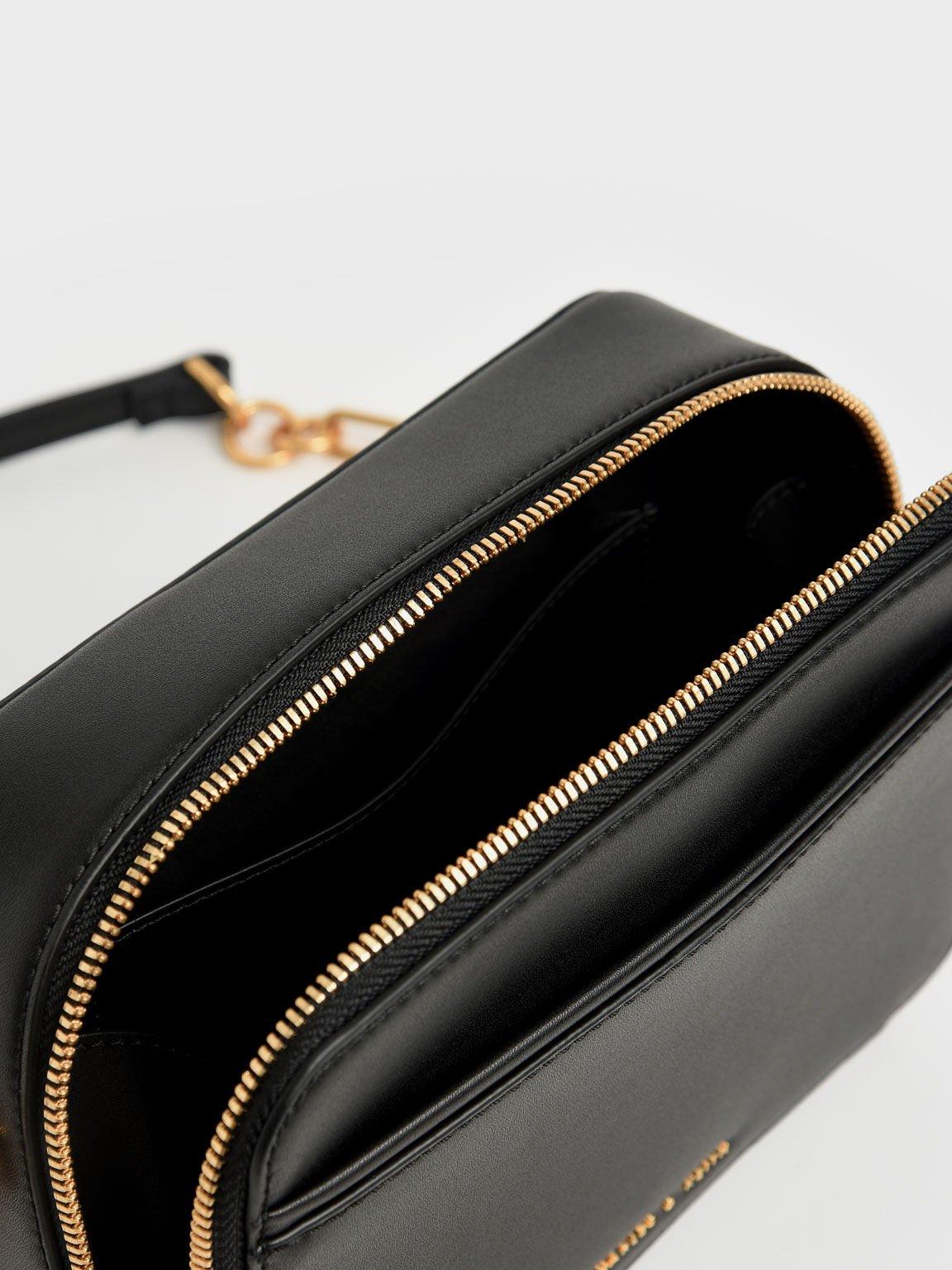 Chunky Chain Handle Two-Way Zip Crossbody Bag, Black, hi-res