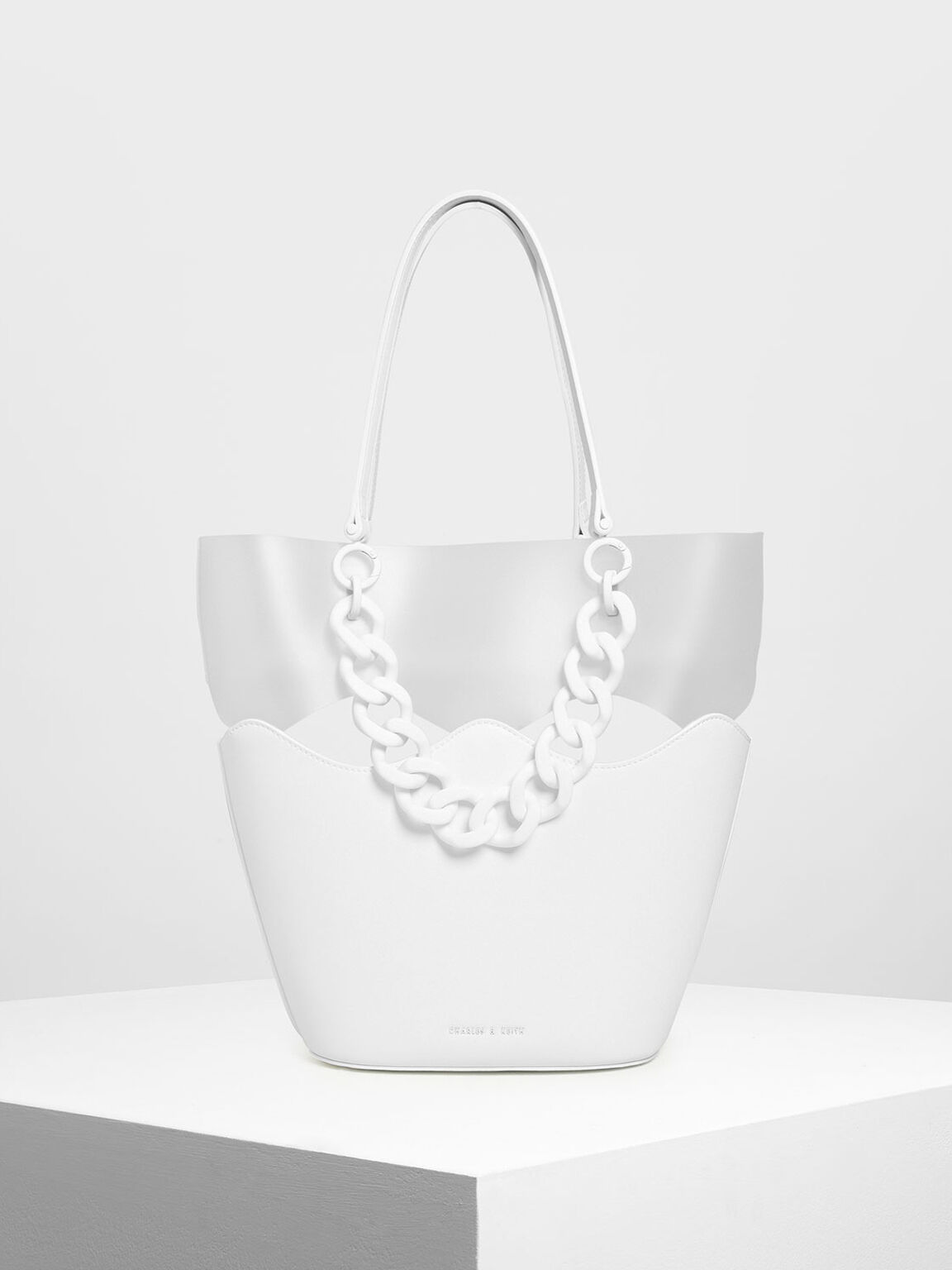 Chunky Chain Tote Bag, White, hi-res