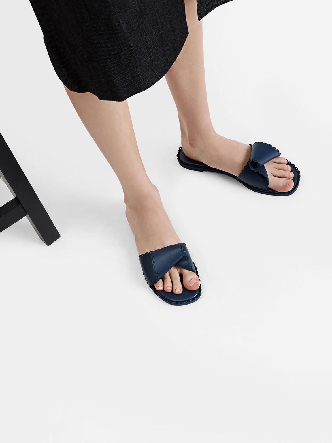 Twist Strap Sliders, Blue, hi-res