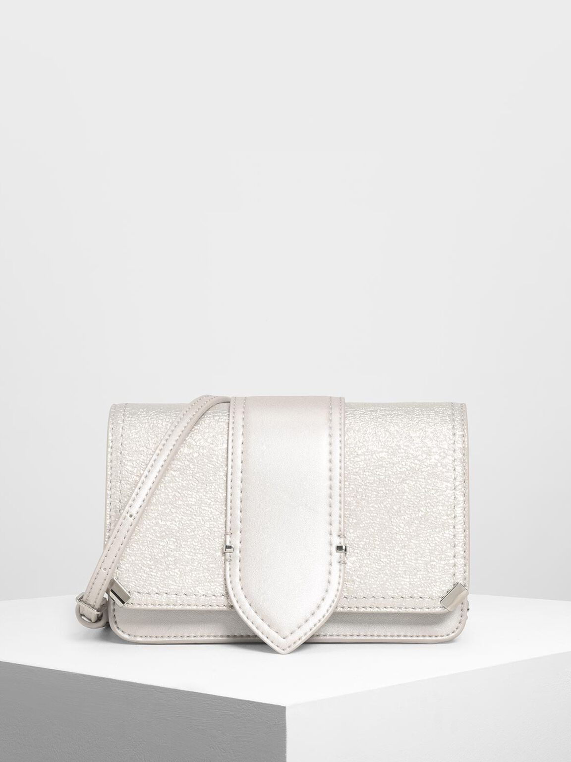 Front Tab Metallic Push Lock Bag, Pearl, hi-res