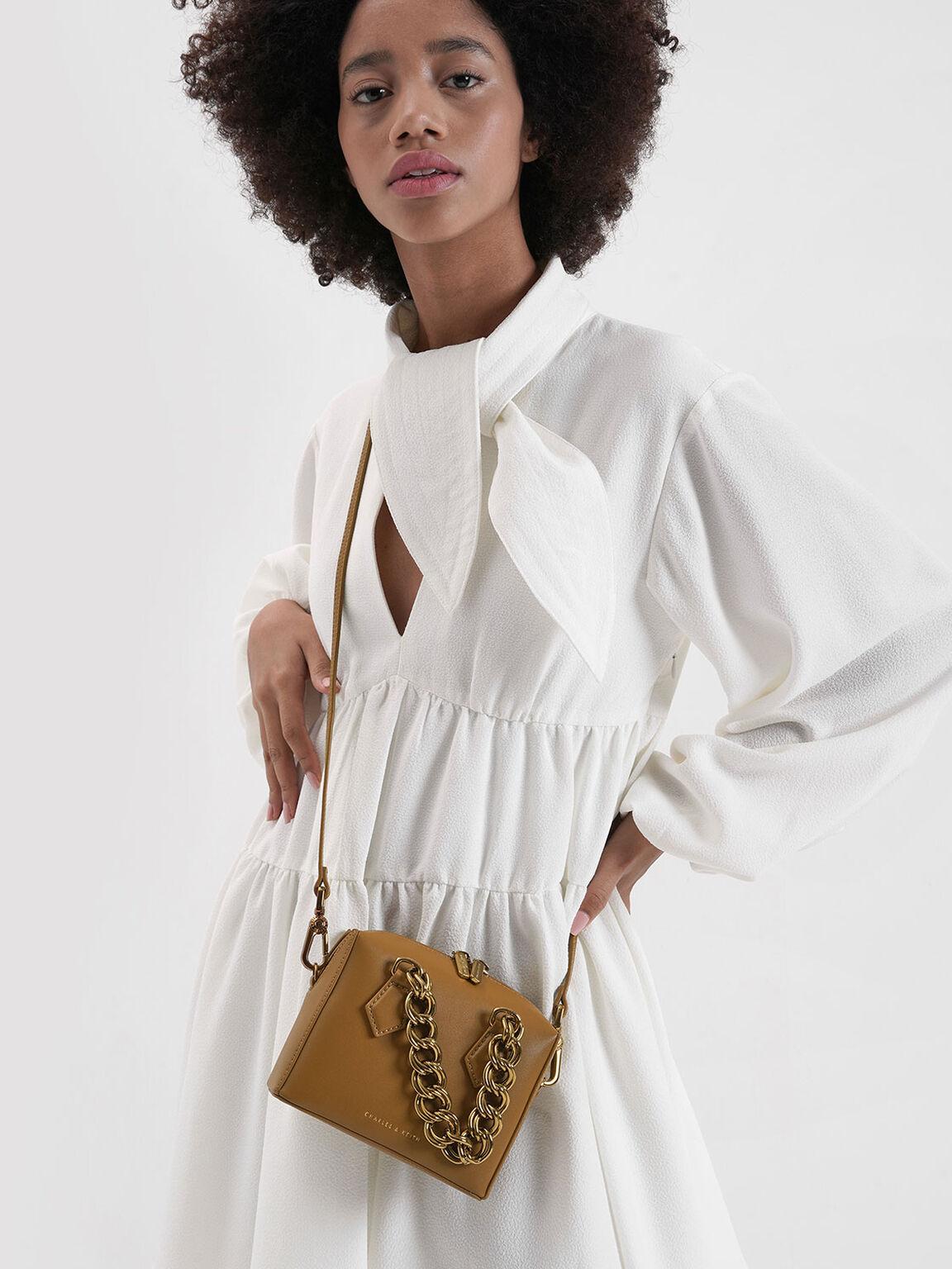 Square Chunky Chain Handle Crossbody Bag, Caramel, hi-res