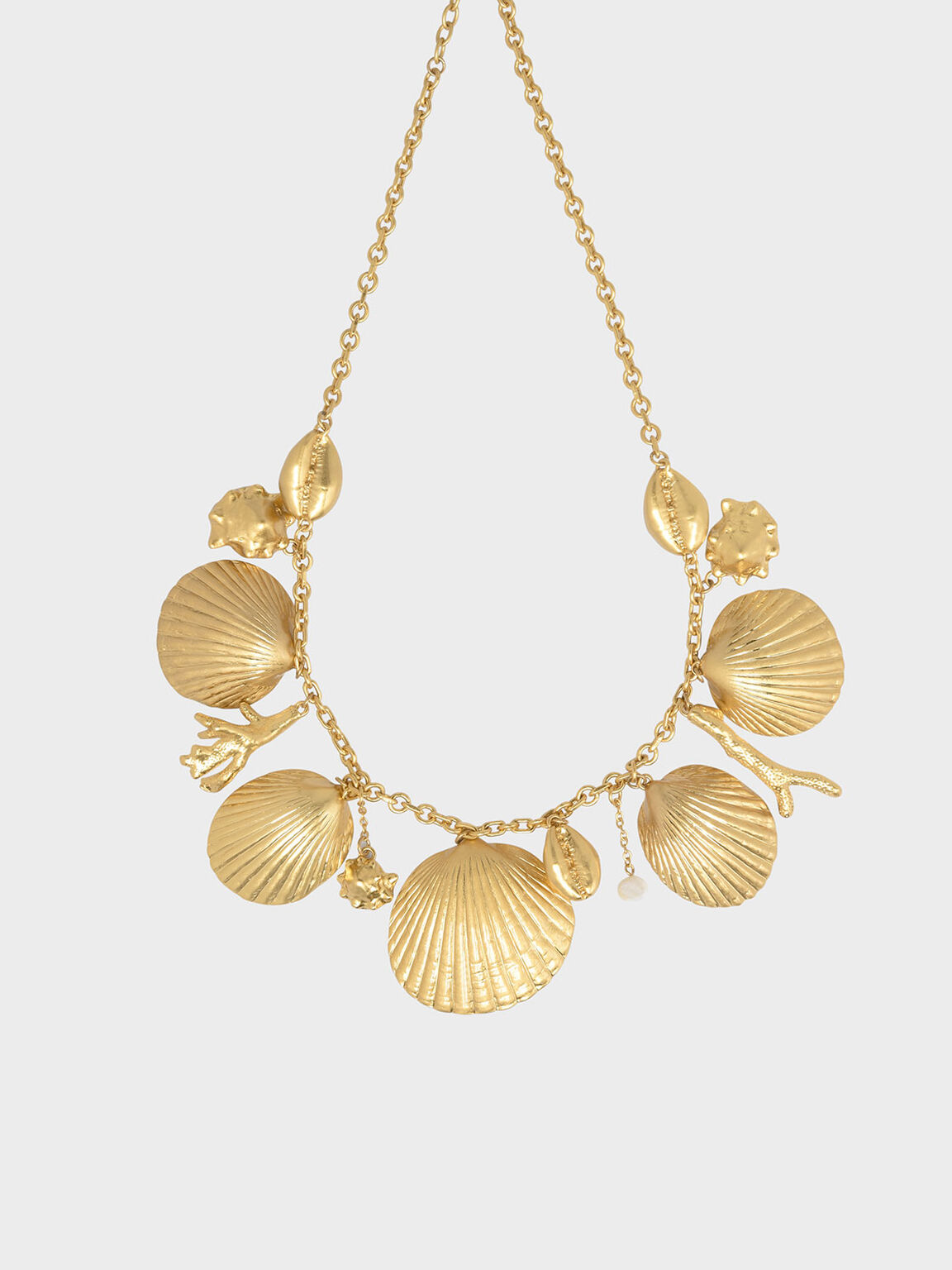 Seashell Necklace, Gold, hi-res