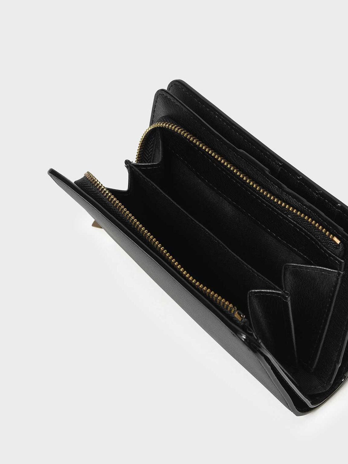 Classic Zipped Wallet, Black, hi-res