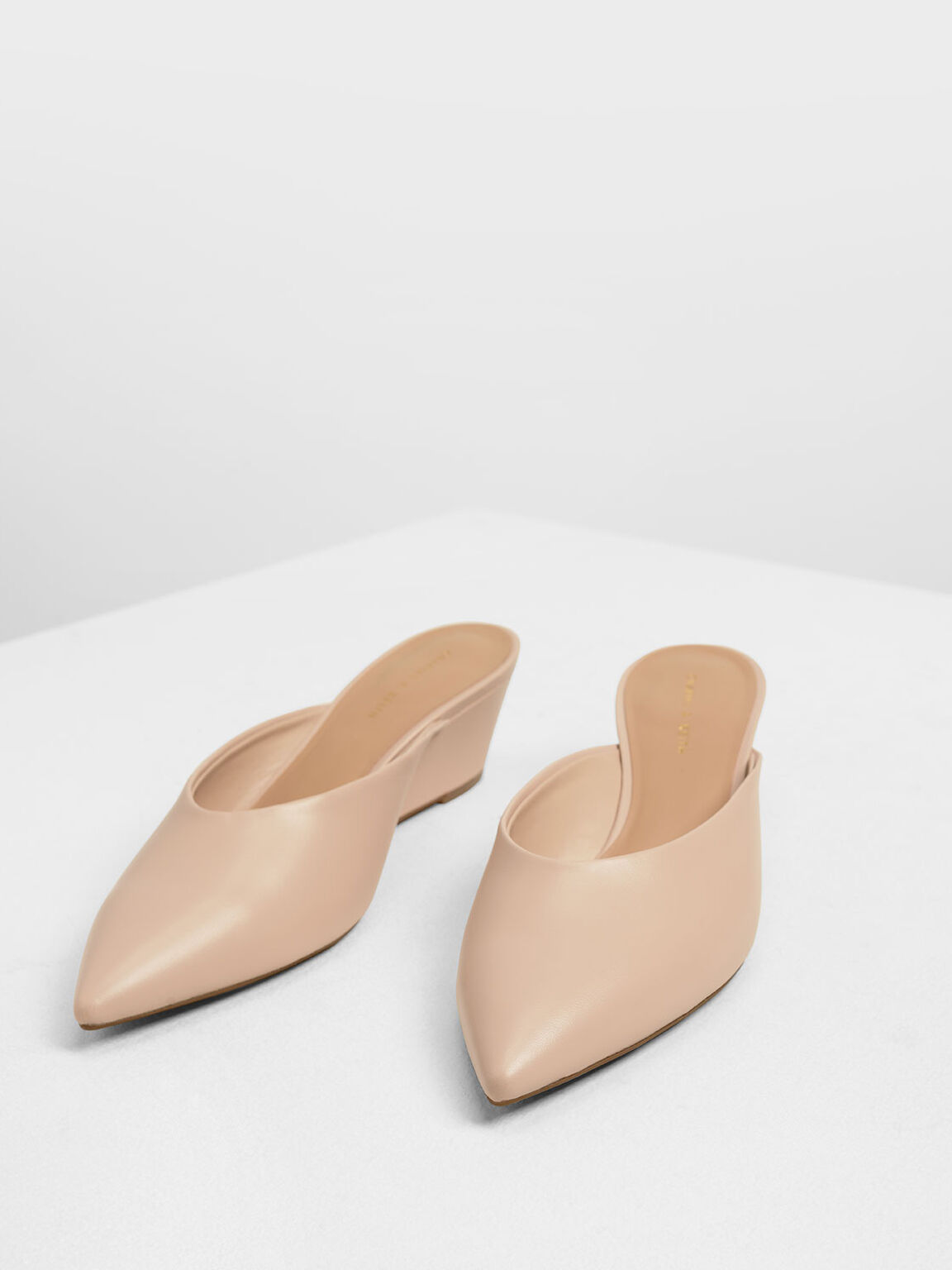 V-cut Wedges, Nude, hi-res