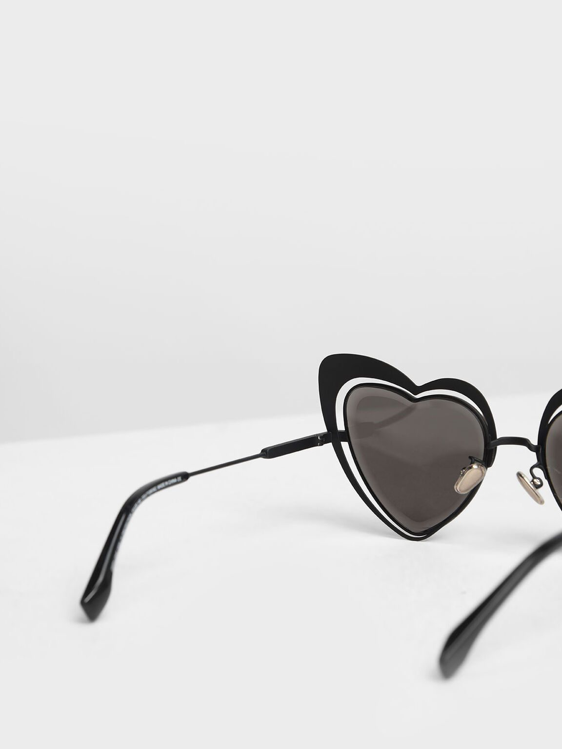 Heart-Shaped Sunglasses, Black, hi-res