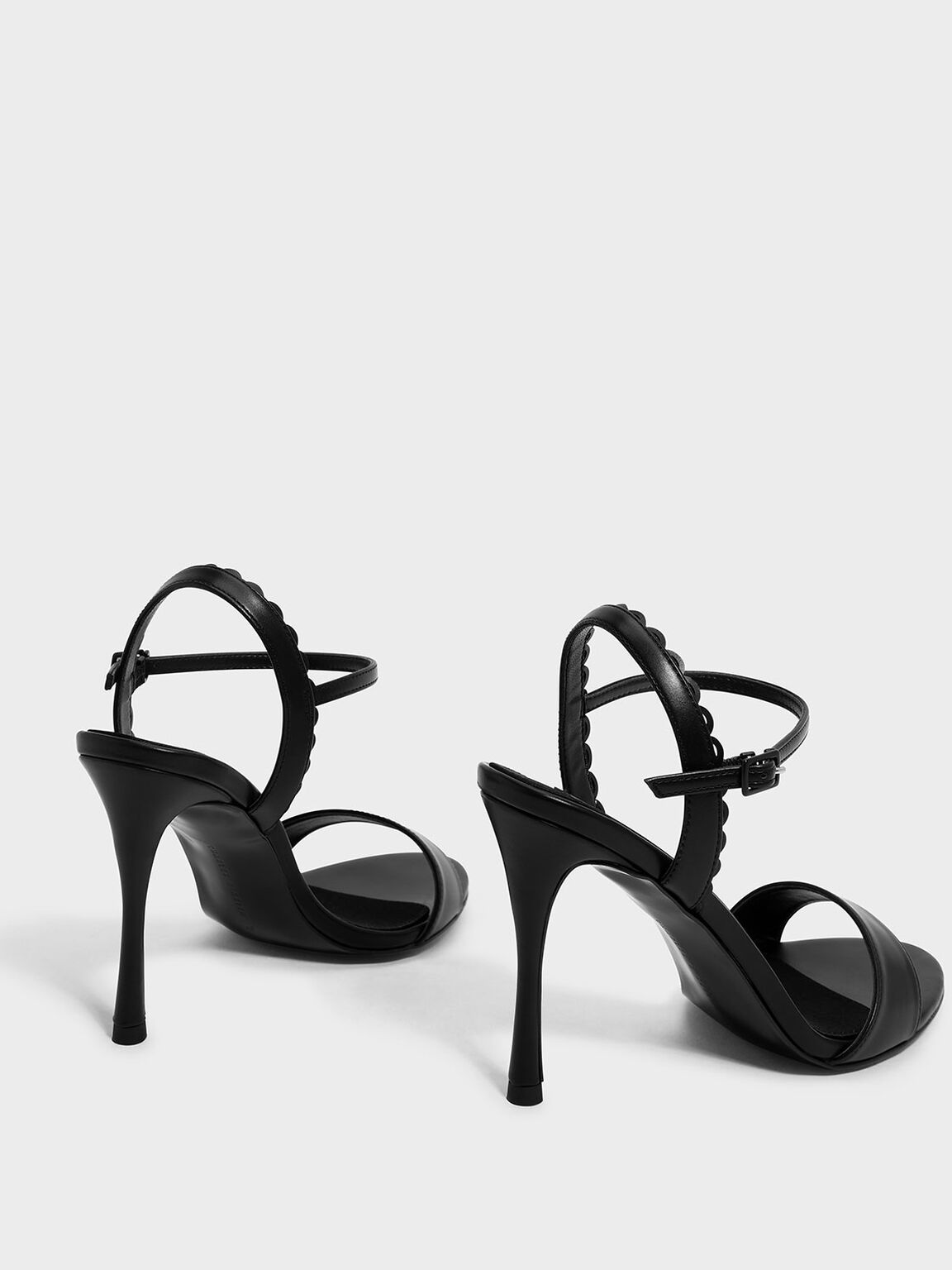Scallop Edge Detail Heeled Sandals, Black, hi-res