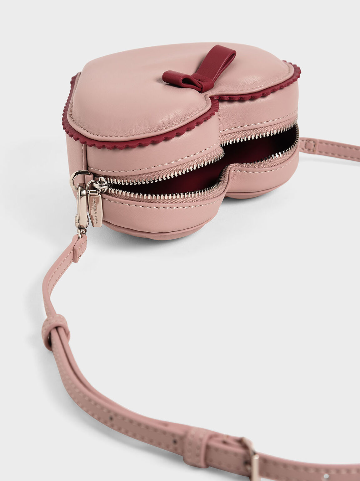 Heart-Shaped Crossbody Bag, Pink, hi-res