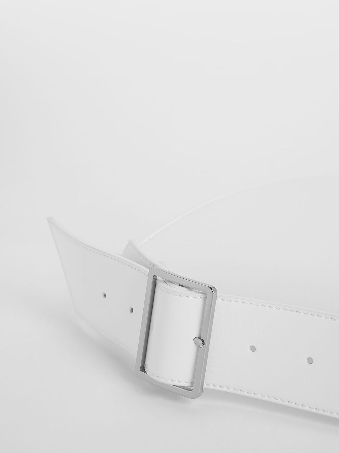 Classic Saddle Bag, White, hi-res