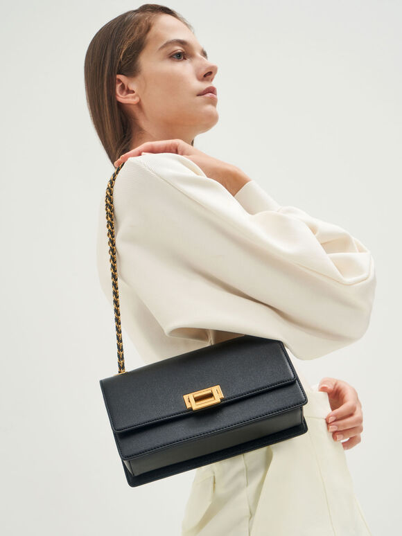 鍊條金釦肩背包, 黑色, hi-res