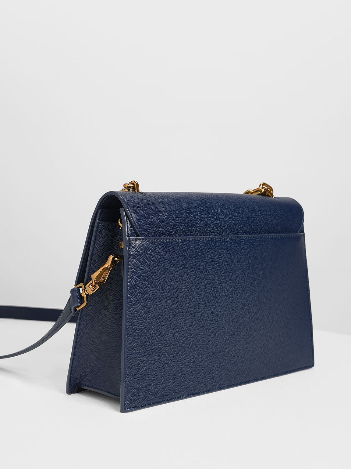 Chain Strap Classic Shoulder Bag, Dark Blue, hi-res