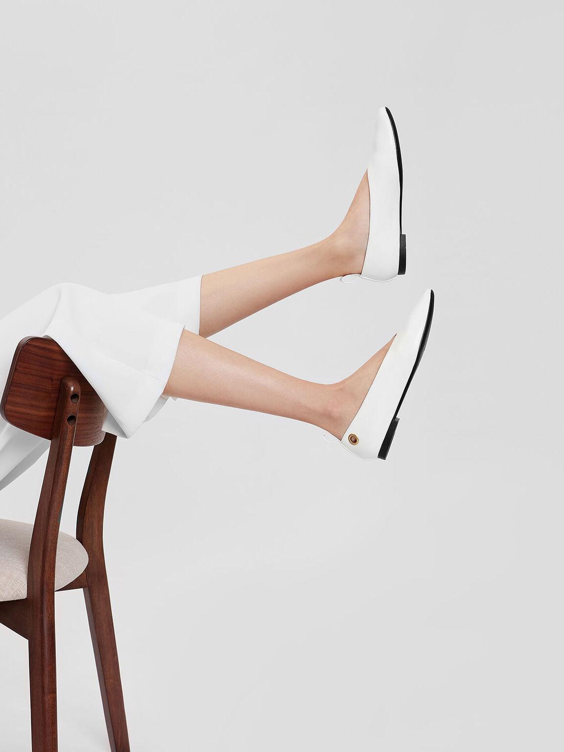 V Topline Ballerinas, White, hi-res