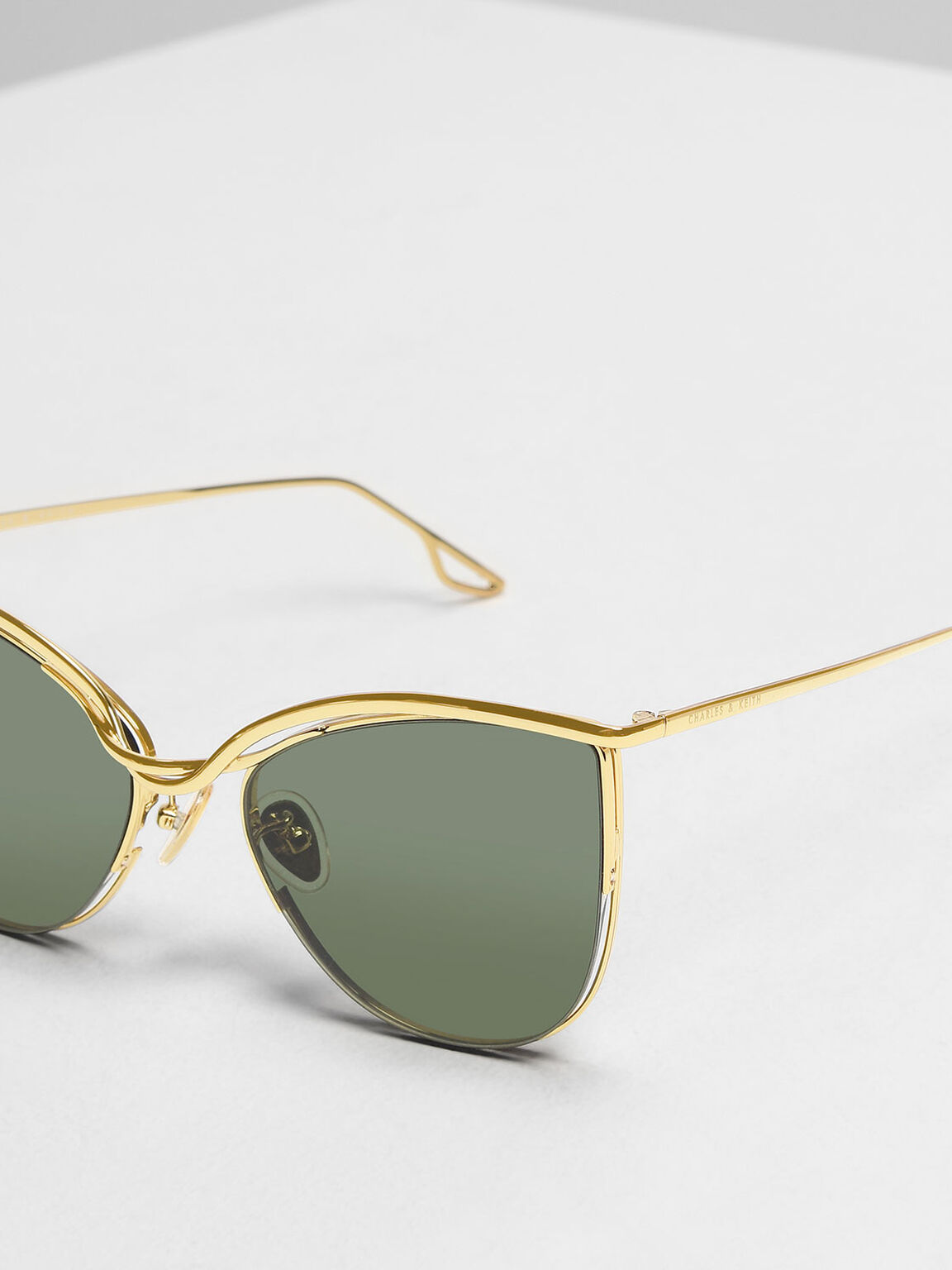 Wire Frame Cat Eye Sunglasses, Gold, hi-res