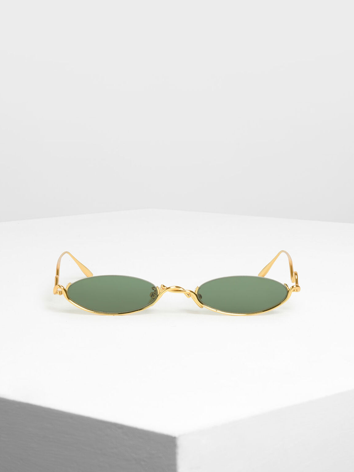Wire Frame Oval Sunglasses, Gold, hi-res