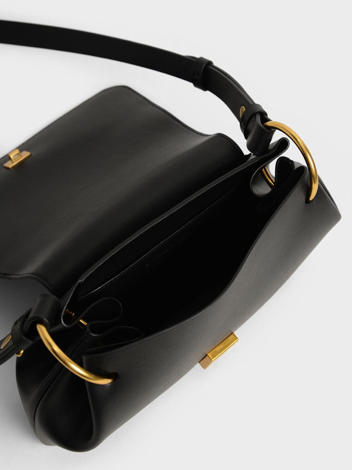 雙D釦肩背水餃包, 黑色, hi-res