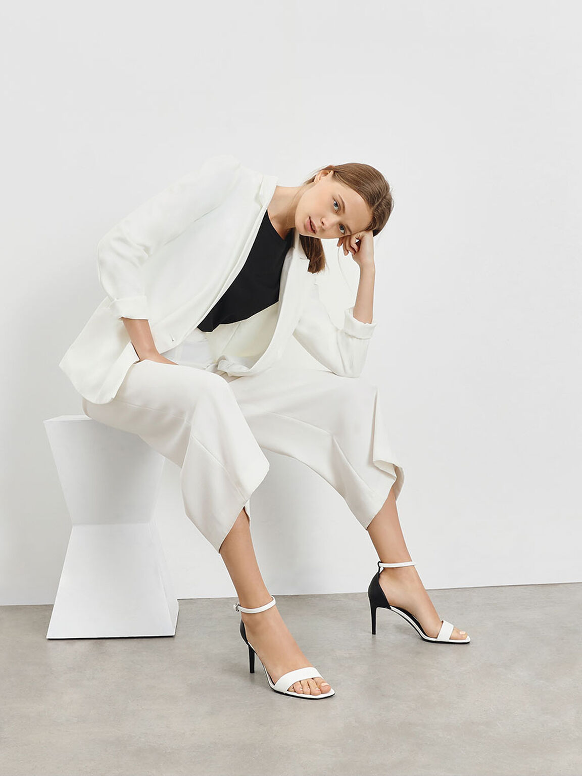經典細跟涼鞋, 白色, hi-res