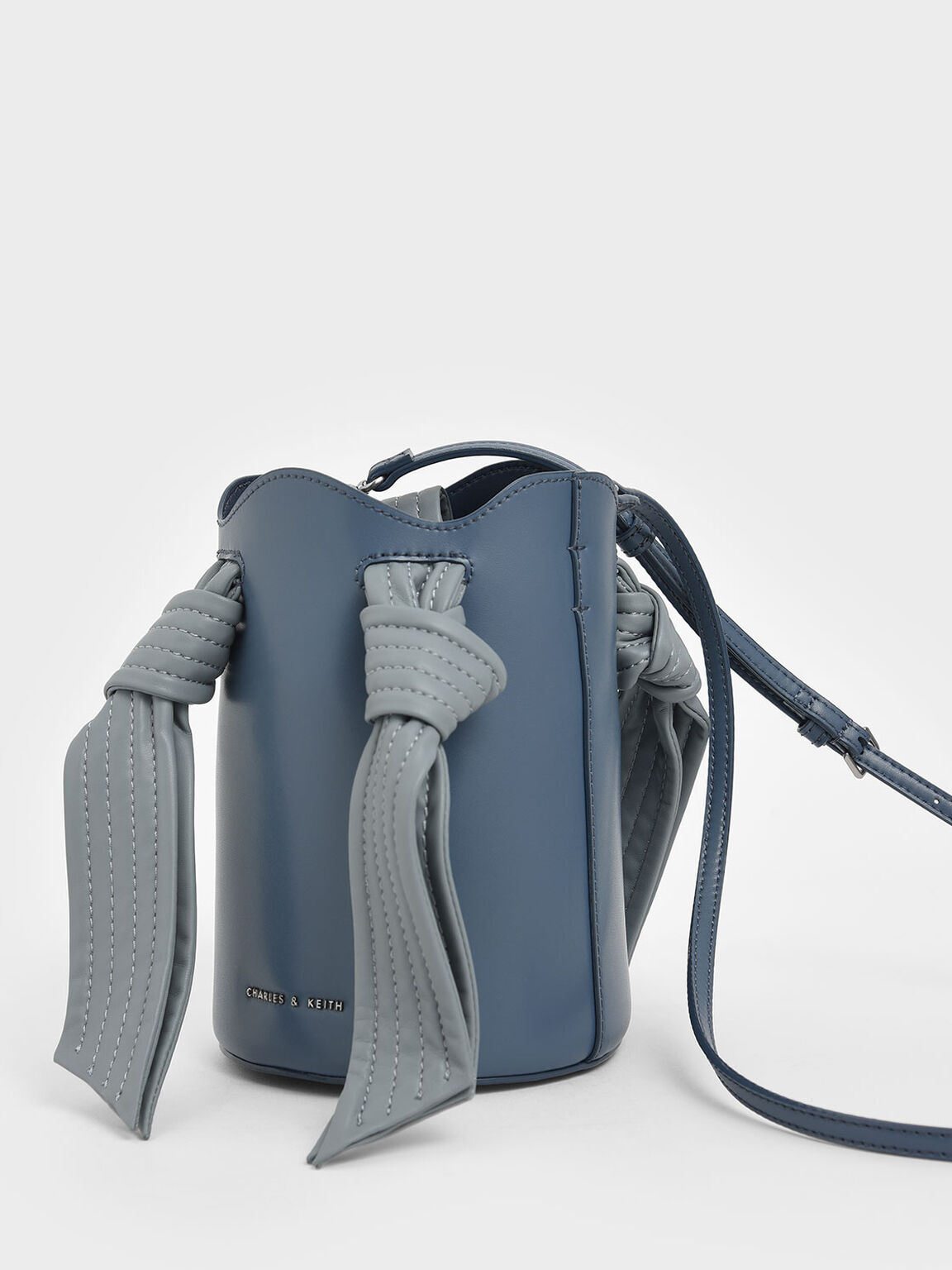 Ruched Knot Handle Bucket Bag, Light Blue, hi-res