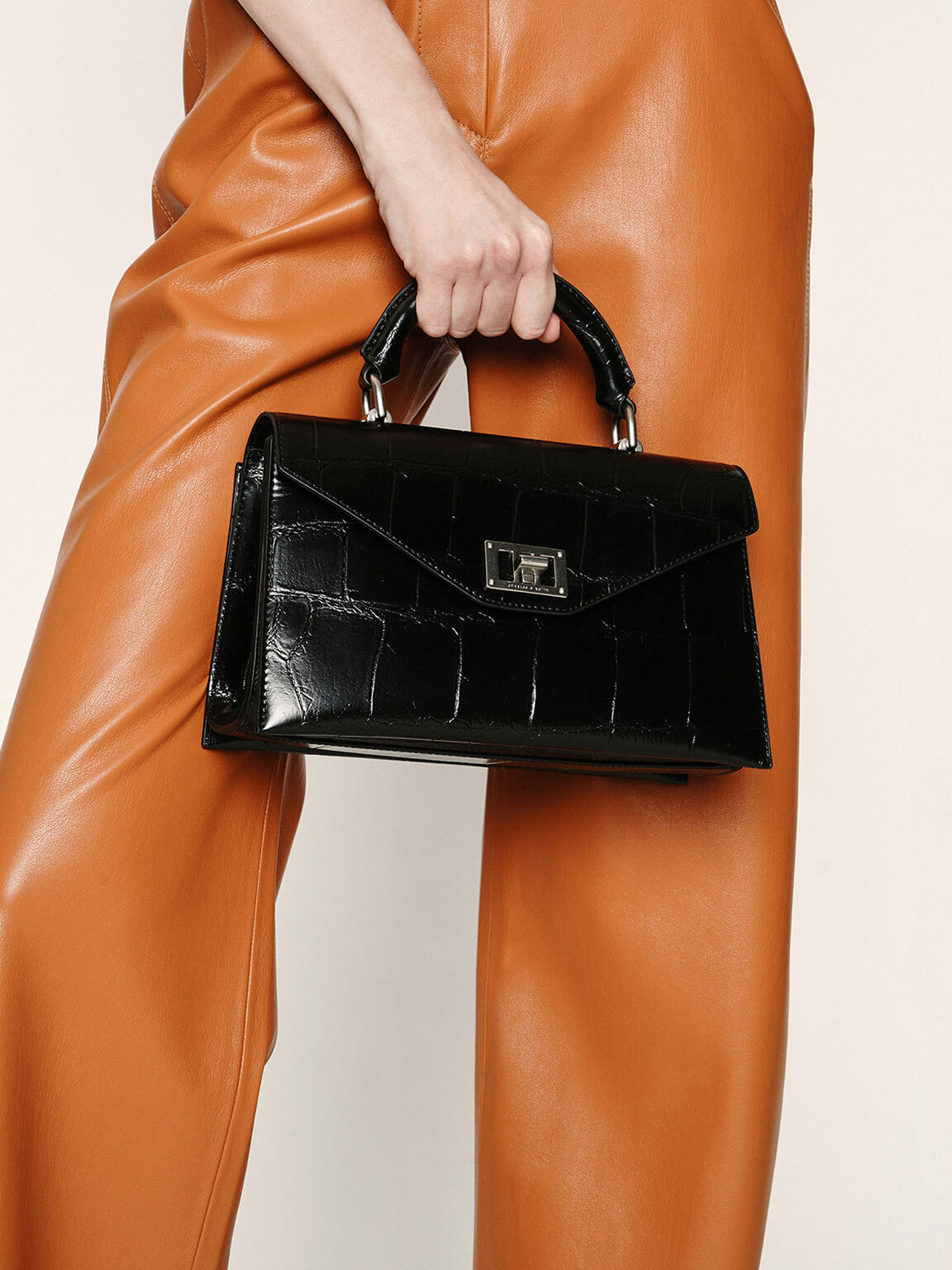 信封式手提包, 黑色, hi-res
