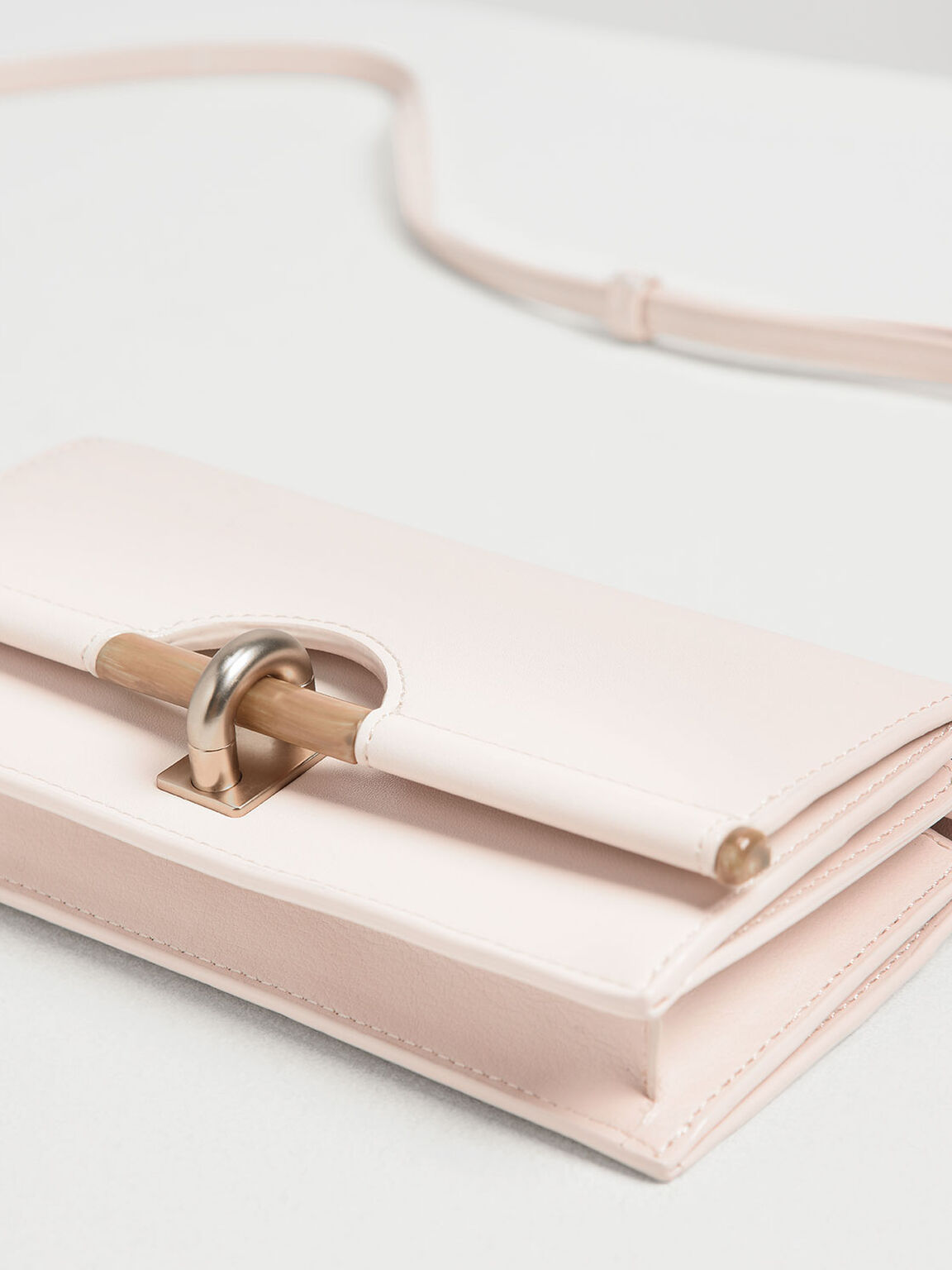 Wood-Effect Push Lock Long Wallet, Light Pink, hi-res