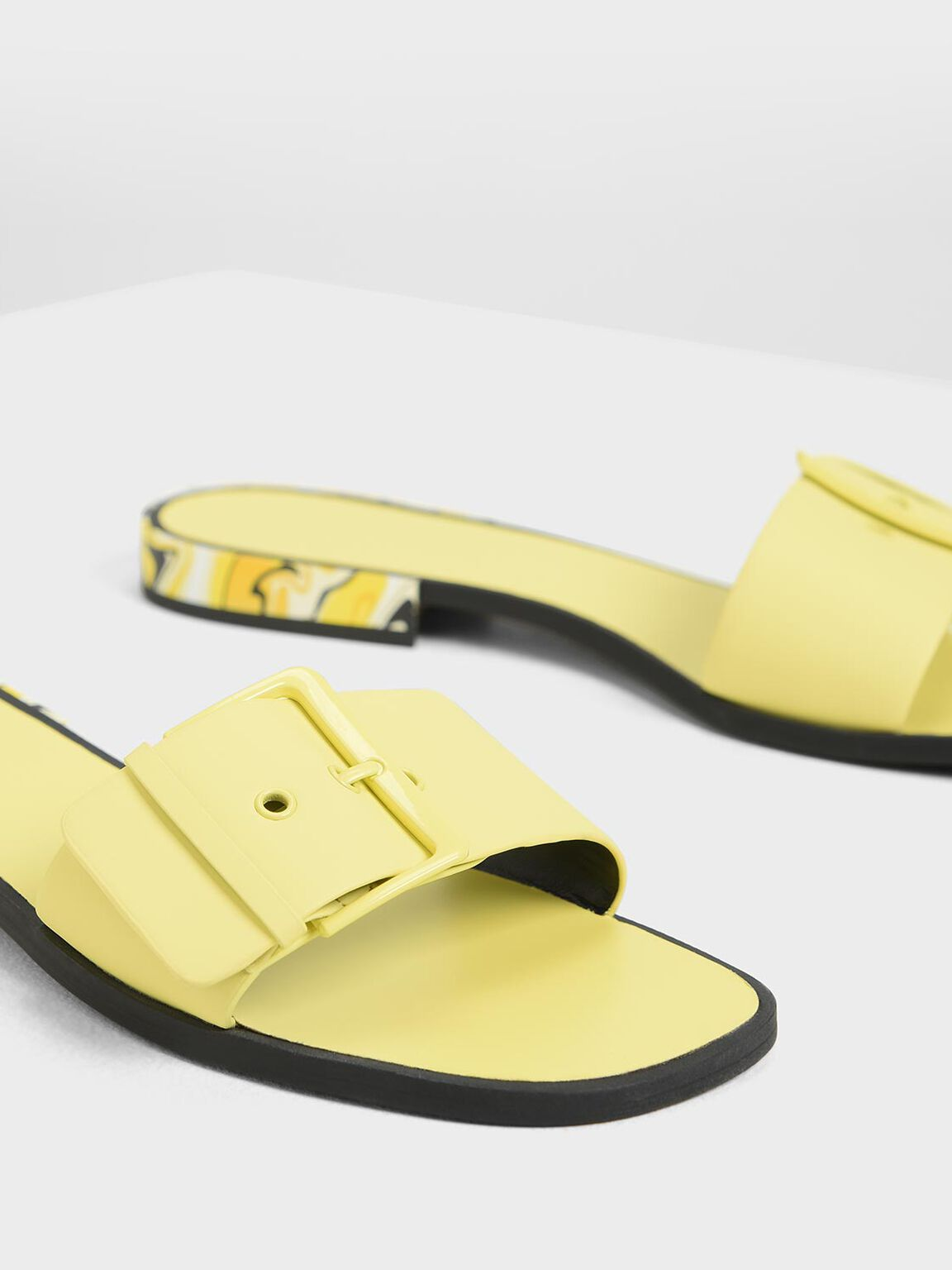 Buckle Sliders, Yellow, hi-res